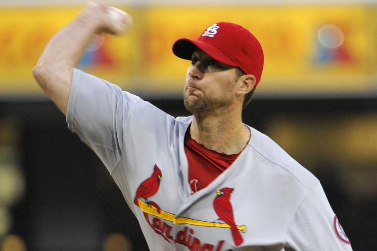 Wainwright, Descalso Have Big Nights in Win