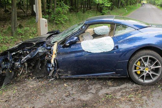 Voracek Fine After Crash, His Ferrari Smashed