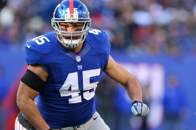 Henry Hynoski Carted off with Knee Injury During Giants OTAs