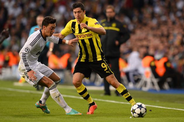 Manchester United Transfer Rumours: What Would Robert Lewandowski Add to Team?