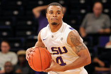 Basketball Guard Collins Leaving LSU
