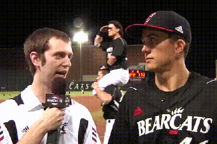 Cincinnati Bearcats Baseball Brings Photobombing to Hilariously Masterful Level