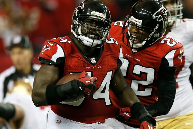 Stephen Nicholas, Sean Weatherspoon out for Start of Falcons OTAs