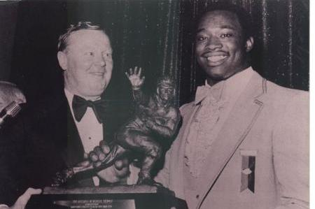 South Carolina Football: Reliving George Rogers' 1980 Heisman Trophy March