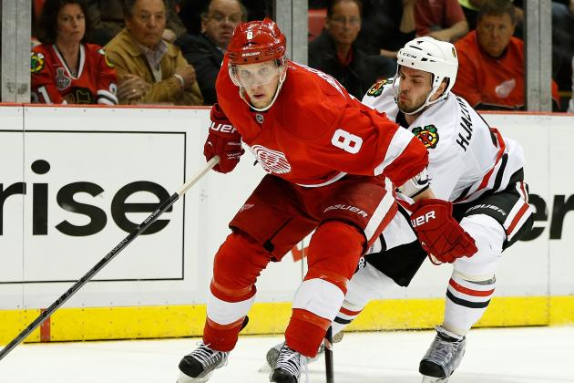Red Wings Blank Blackhawks, Take 3-1 Lead