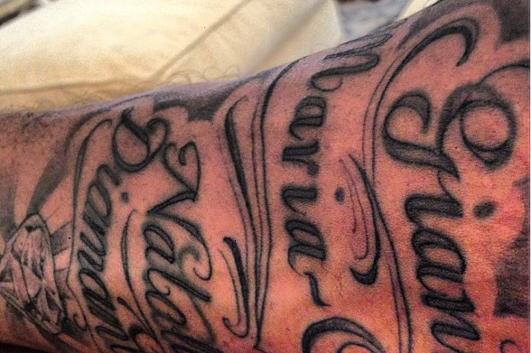 Kobe Bryant Gets a New Tattoo, Posts Picture on Instagram
