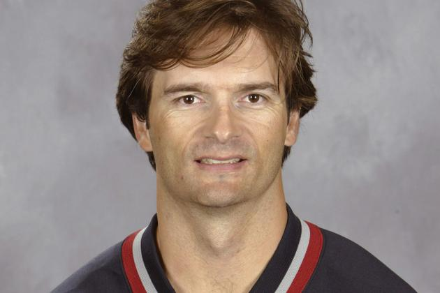Report: Canucks Ask Leafs to Interview Eakins for Head Coaching Gig