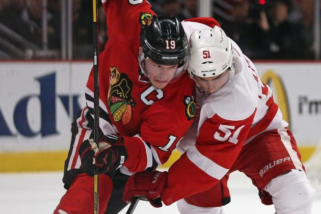 Toews Lays It All Out, Lifts Hawks to Game 5 Win