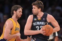 Pau Gasol Attends Spurs vs. Grizzlies Game, Supports Brother
