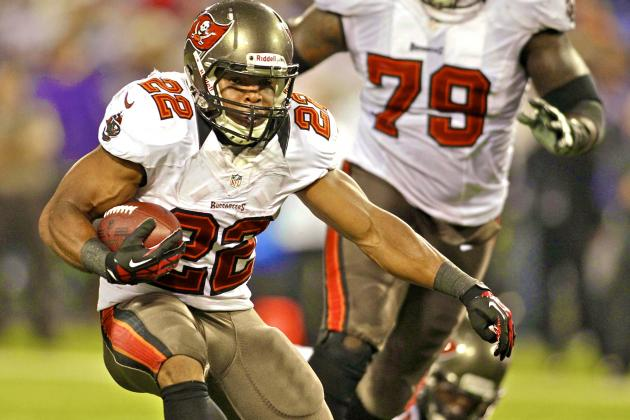 Adrian Peterson Gets the Glory but Doug Martin Is Future of NFL Running Backs