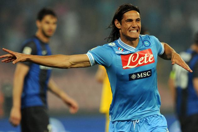 Napoli Striker Edinson Cavani Plays Down Talk of a Move Away from the Club