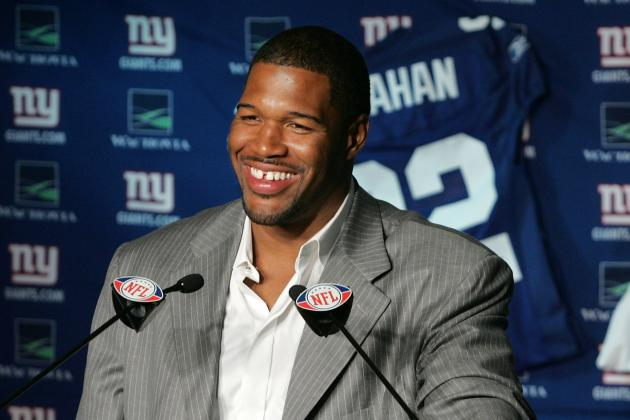 Ex-Giant Michael Strahan Trash Talks the Cowboys on Twitter