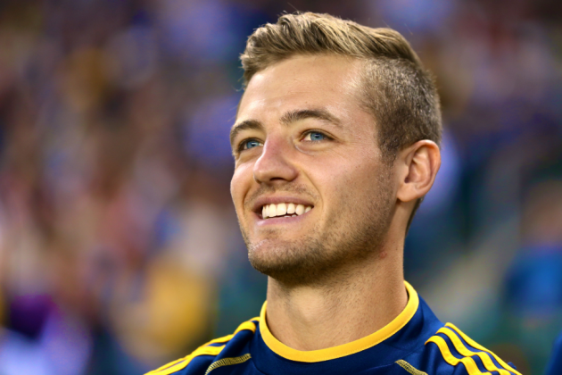 Twitter Reacts to Robbie Rogers' Appearance with LA Galaxy