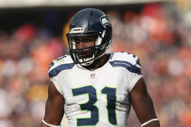 Kam Chancellor Gives Back in Norfolk at Annual Cookout