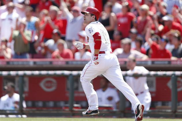 Votto's Homer in 8th Lifts Reds over Indians
