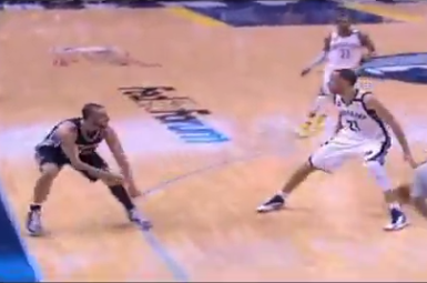 Video: Spurs' Manu Ginobili Nutmegs Grizzlies' Tayshaun Prince Withpass