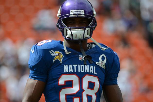 Adrian Peterson Returns to Field for Minnesota Vikings