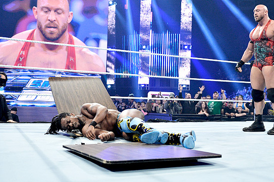 Report: Kofi Kingston out for 4-8 Weeks