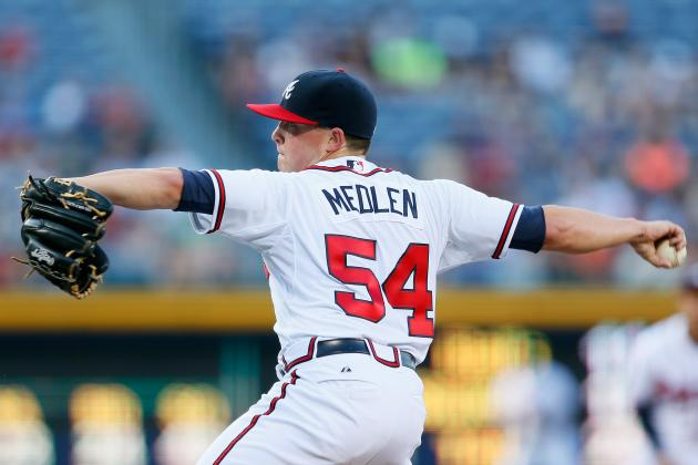 Medlen Leaves Start with Calf Contusion