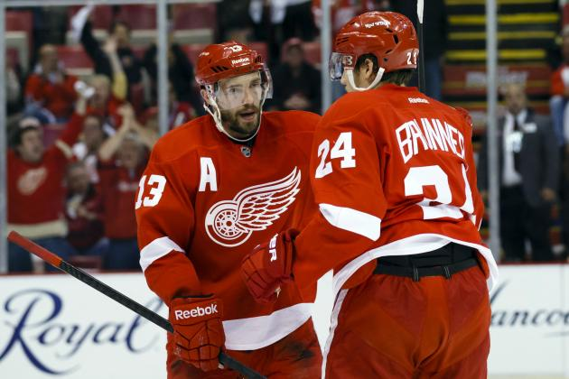 Red Wings vs. Blackhawks: Is the Glass Half-Empty or Half-Full for Detroit?