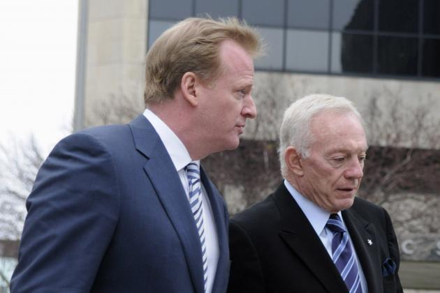 Why Jerry Jones Is Dallas Cowboys' Biggest Roadblock in 2013-14