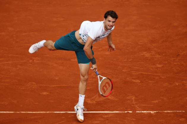 French Open 2013 Day 5: Rain, Big Upset, Copycat Federer Through