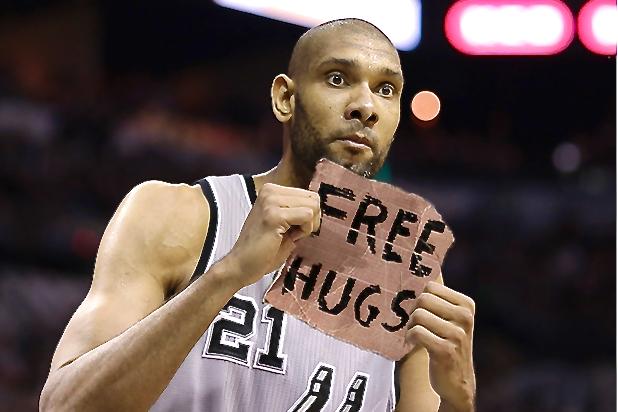 Tim Duncan's a Hugger