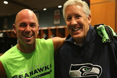 Kenny Chesney Joins the Seattle Seahawks for a Day of Practice