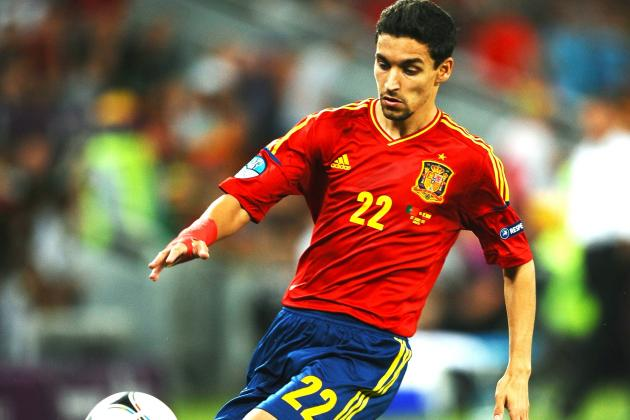 Jesus Navas Completes Move to Manchester City From Sevilla