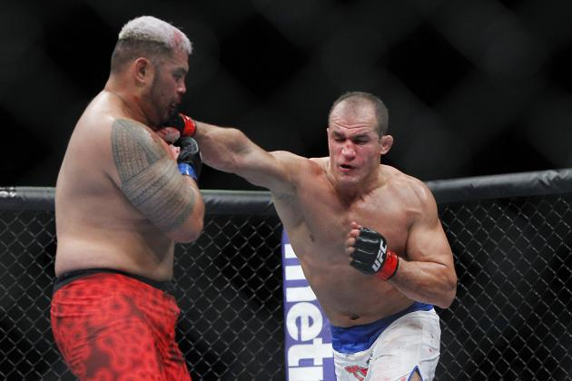 Junior Dos Santos' Love of His Boxing Will Be His Downfall Against Velasquez