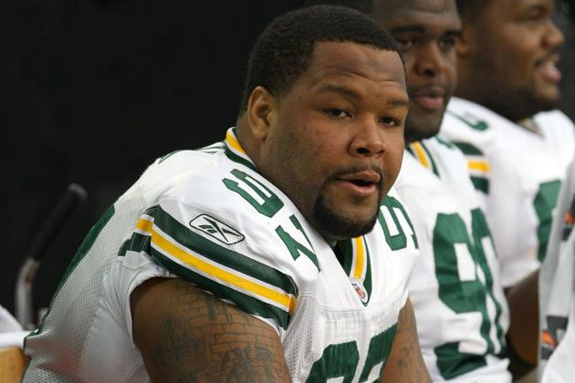 Johnny Jolly Tweets He'll Return to Green Bay Packers