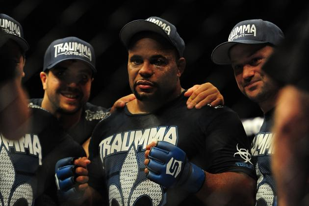 Daniel Cormier Commits to Dropping to Light Heavyweight by End of 2013