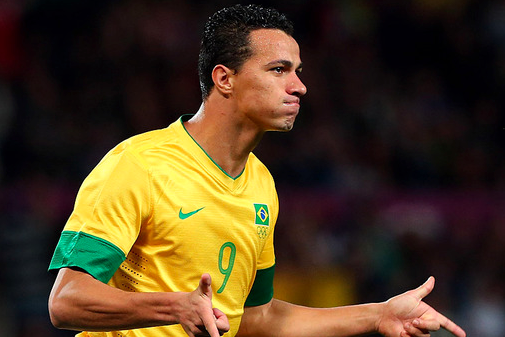 Leandro Damiaos Agent Says He Would Consider a Move to Spurs