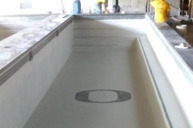 Oregon Football Program Installs Two 50-Foot Long Pools in Practice Facility