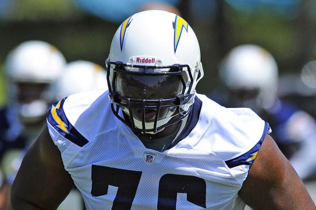 D.J. Fluker Signs with Chargers