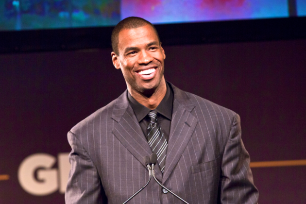 Boston Red Sox Welcome Gay NBA Player Jason Collins to Toss out First Pitch