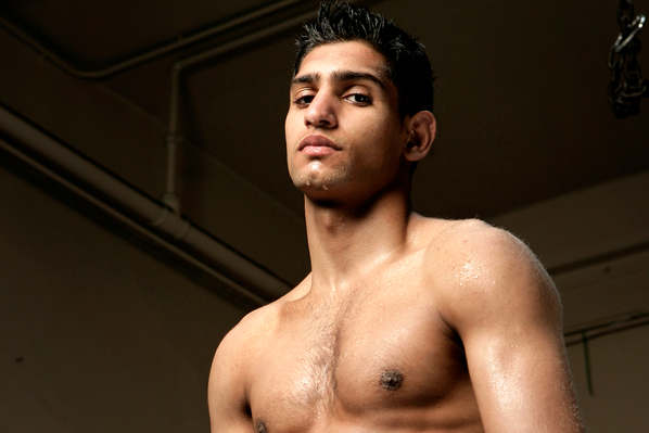 Khan-Alexander in the Works for Dec. 7 in Dubai