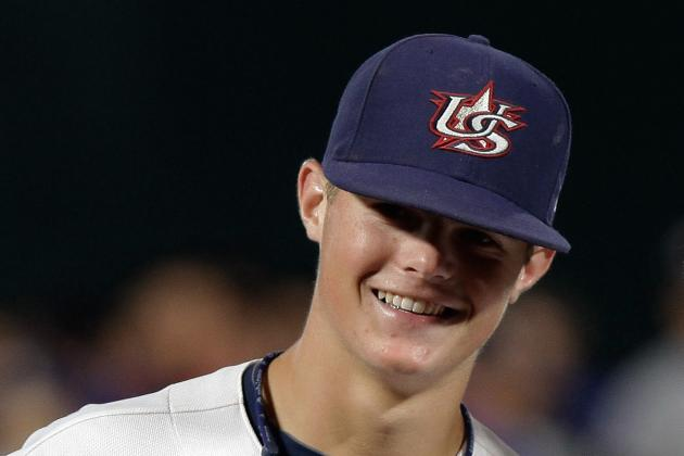 Giants Select Shortstop Christian Arroyo in First Round