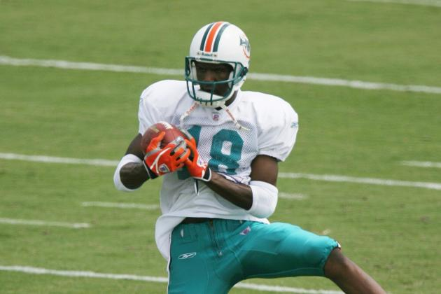 So Far Miami Dolphins Lack Position Battles in Camp