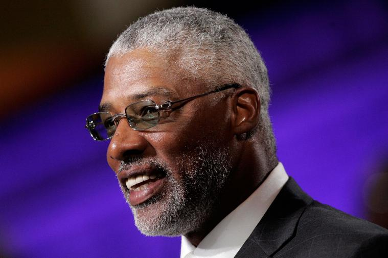 Dr. J Believes Lakers Lied to 76ers to Move Andrew Bynum