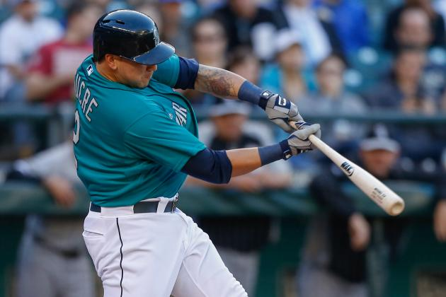 M's Place Sucre on DL, Recall Triunfel