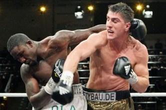 Huck Beats Afolabi Again