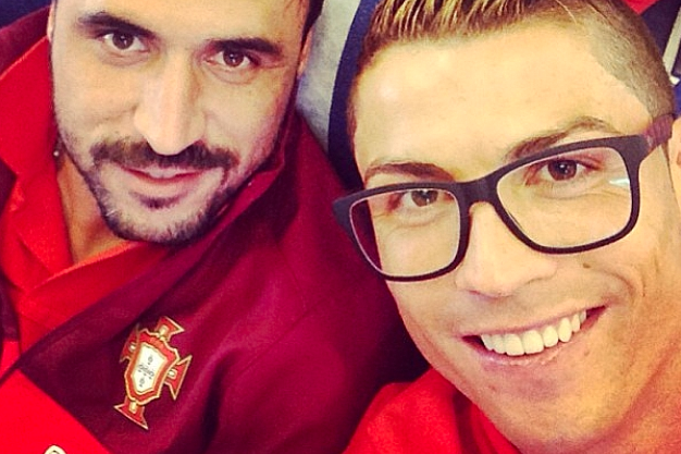 Cristiano Tries the 'Specky-Hipster' Look
