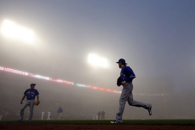 Freakish Fog Descends on Chicago, Cubs & White Sox Forced to Play in the Clouds