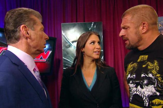 WWE Payback: Vince McMahon's Evil Genius and the Confusion Within the WWE
