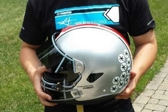 Photo: Ohio State Racecar Driver to Wear This Awesome Buckeyes Helmet