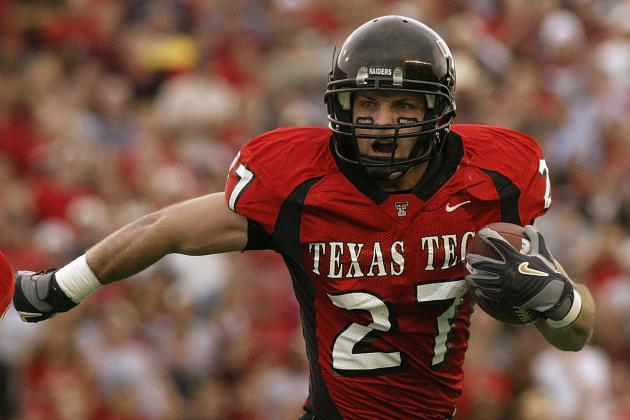 Tech Investigating Welker's Twitter Exchange with Recruit