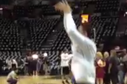 Vine: Danny Green Warming Up Before Game 3
