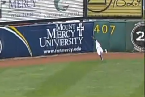 Minnesota Twins Prospect Byron Buxton Makes Must-See Diving Catch