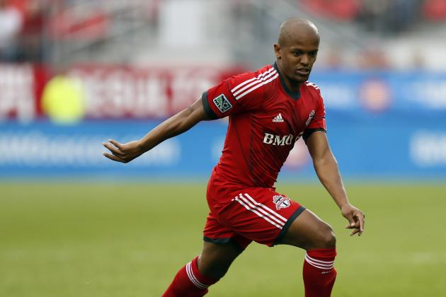 Toronto Decision Looming on Welsh Striker Earnshaw